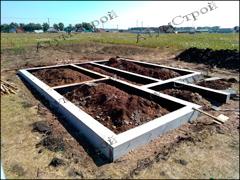 Фото строительства ленточного фундамента дома под ключ